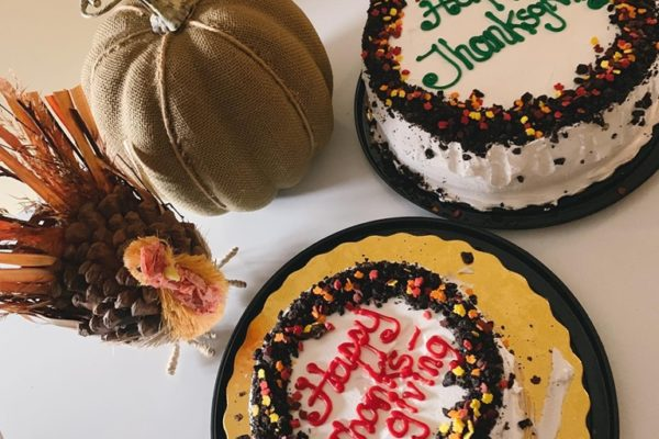 thanksgiving theme cakes 2019