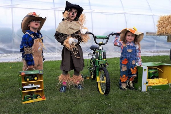 scarecrow contest winners2